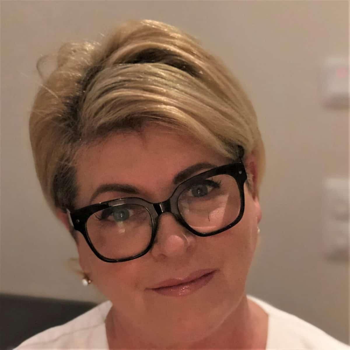 Angela Eklöw