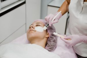 Why You Need a Licensed Esthetician